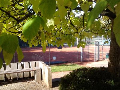 court tennis soleil